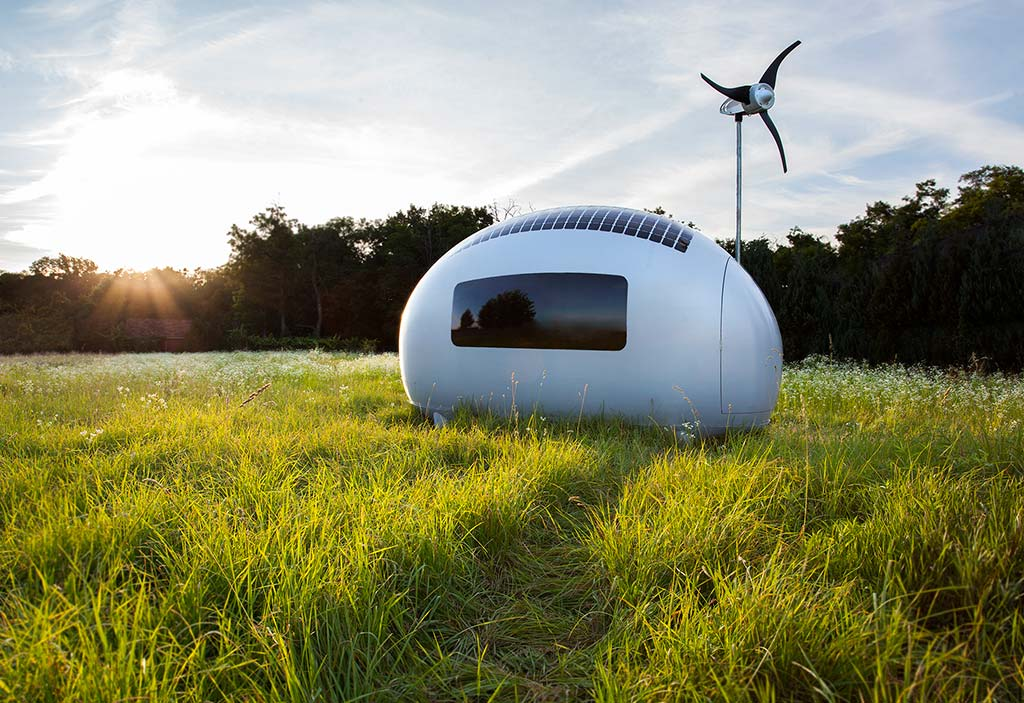 This-Spacecraft-Like-Micro-Home-Will-Amaze-Sci-Fi-Fans-10